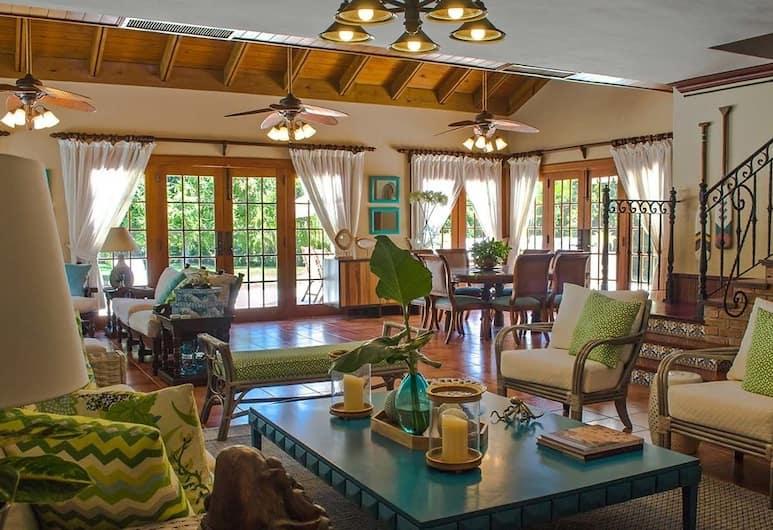 Villa Esmeralda by Casa de Campo Resort & Villas, Ла-Романа, Вилла, 1 двуспальная кровать «Кинг-сайз», для некурящих, Гостиная