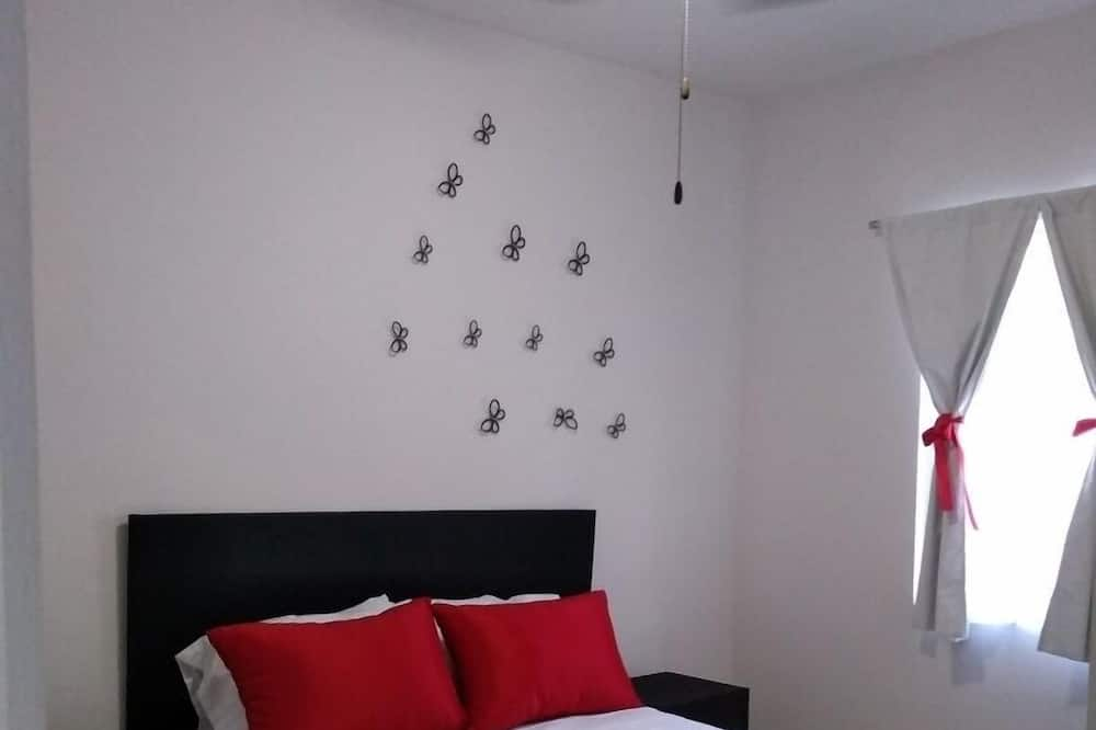 Apartment, 2 Bedrooms (1 Double Bed, 2 SIngle Beds, Bed Sofa) - Room