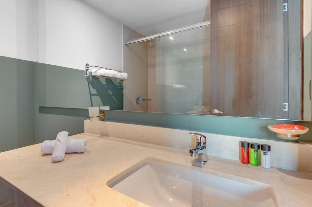 Standard Room - Ванна кімната