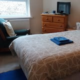 Large Single Room, Mountain View (1) - Guest Room