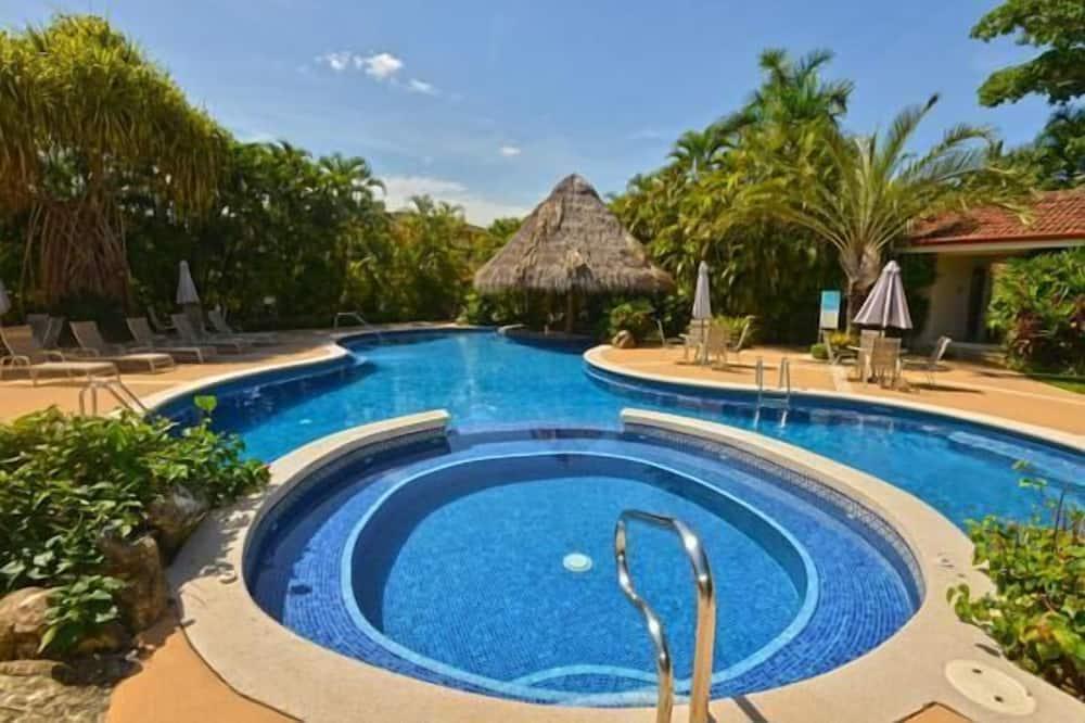 شقة - عدة أسرّة (Los Suenos Resort Colina 8E) - حمام سباحة