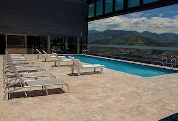 A(z) Estelar Square hotel fényképe itt: Medellin