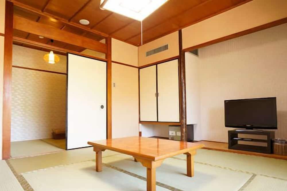 THE Maple Inagawa