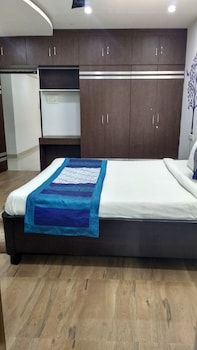 Foto van Hitech Shilparamam Guest House in Hyderabad