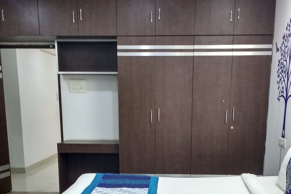 Family Apartment, 3 Bedrooms, City View - Guest Room
