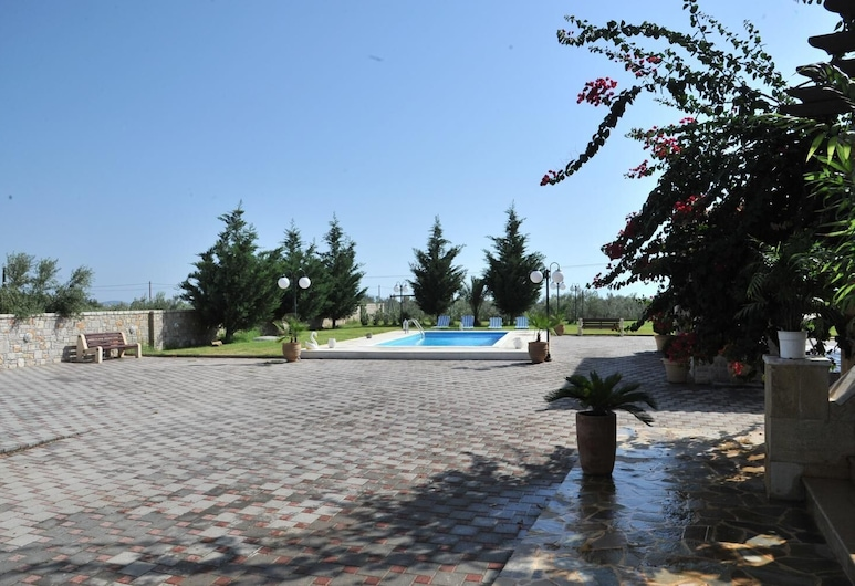 Angelos Kandia Apartments, Нафпліон, Басейн