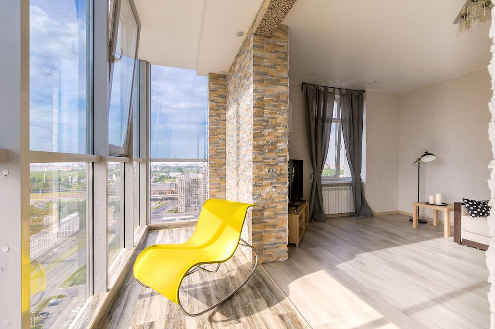 Design Apartment, Non Smoking - Living Room
