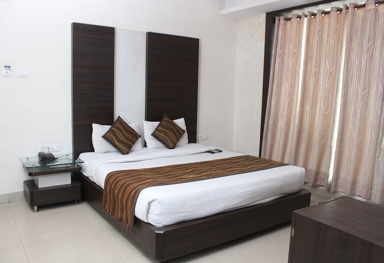 HOTEL GALAXY, Allahabad, Superior Double or Twin Room, 1 King Bed, Accessible, Smoking, Guest Room