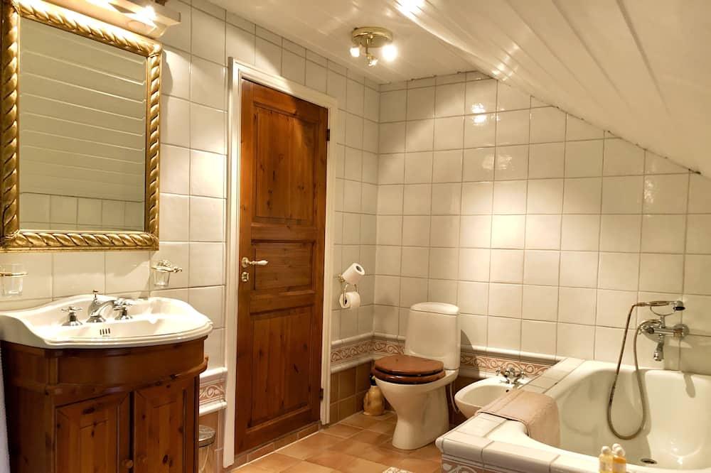 Single Room (Sverre) - Bathroom