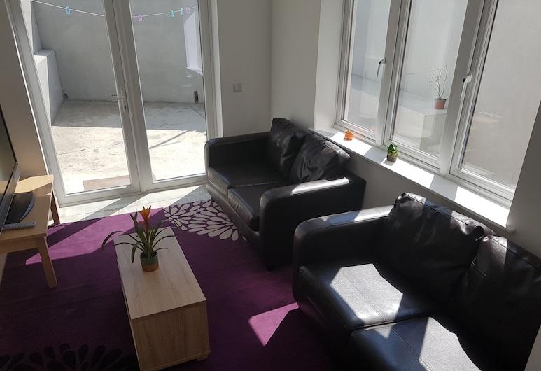 4 dormitorios casa recién amueblada cork city, Cork