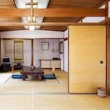 Quarto Tradicional, 2 Quartos (Japanese-Style, 8 Tatami, Older Bldg) - Quarto