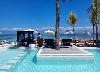 Picture of Ohana's Boutique Resort and Beach Lounge in Lembongan Island