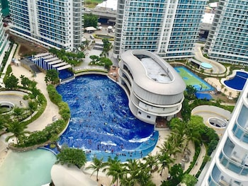 Picture of Azure Beach Club Paris Hilton in Paranaque