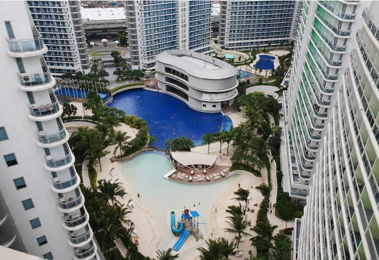 Azure Luxury Beach Suites by VacationsPH, Parañaque, Aerial View