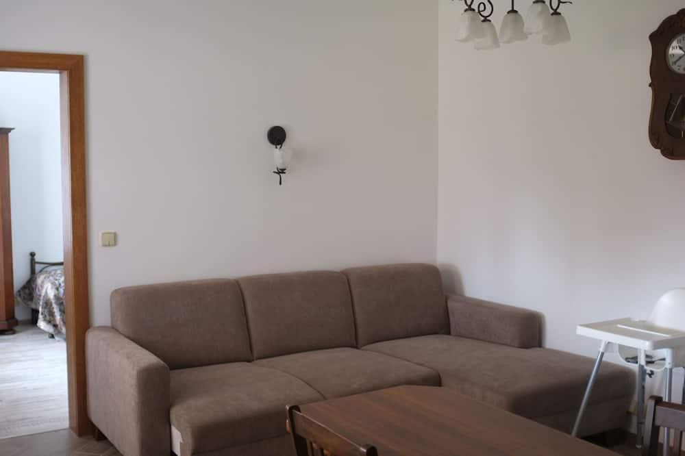 Huoneisto (2) - Oleskelualue