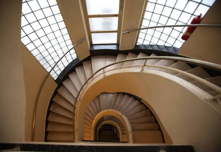 オールド プラハ アパートメント, プラハ, 廊下