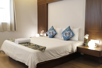 Picture of Gurney 4+1 Bali Style Tranquil Villa in Penang