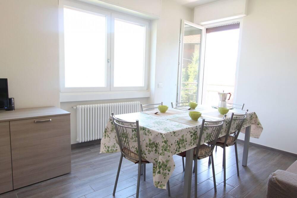 Villa, 3 hálószobával - Étkezés a szobában