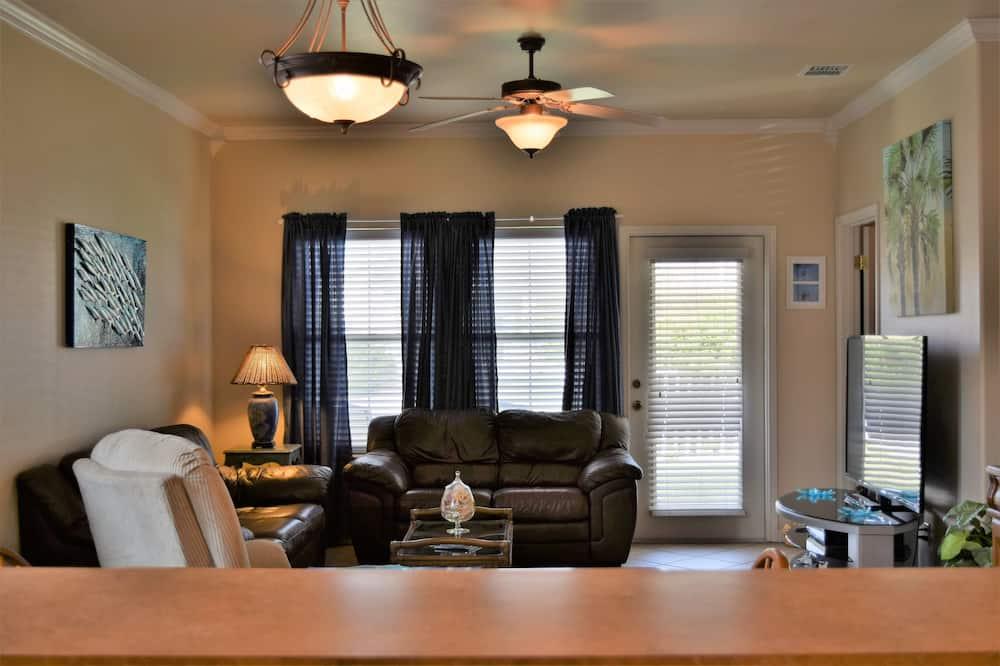 Condo, 2 Bedrooms, Kitchen - Living Area