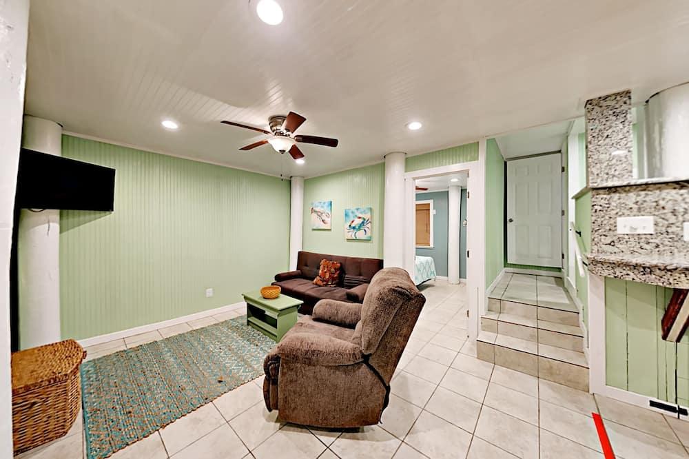 Σπίτι σε Συγκρότημα Κατοικιών, 1 Υπνοδωμάτιο, Κουζίνα - Καθιστικό