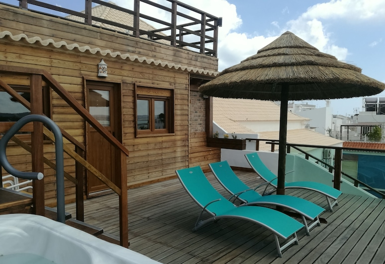 Silmar GuestHouse, Portimao, Property Grounds