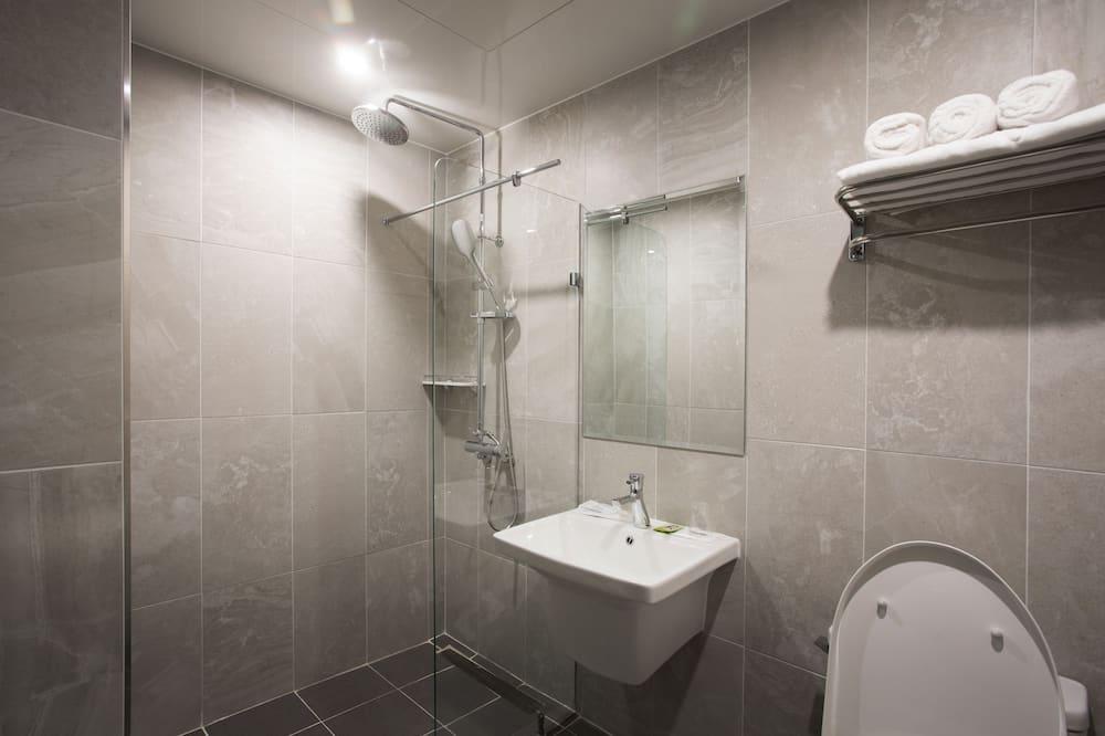 Standard Room Type2, 1 Queen-sized bed - Kúpeľňa