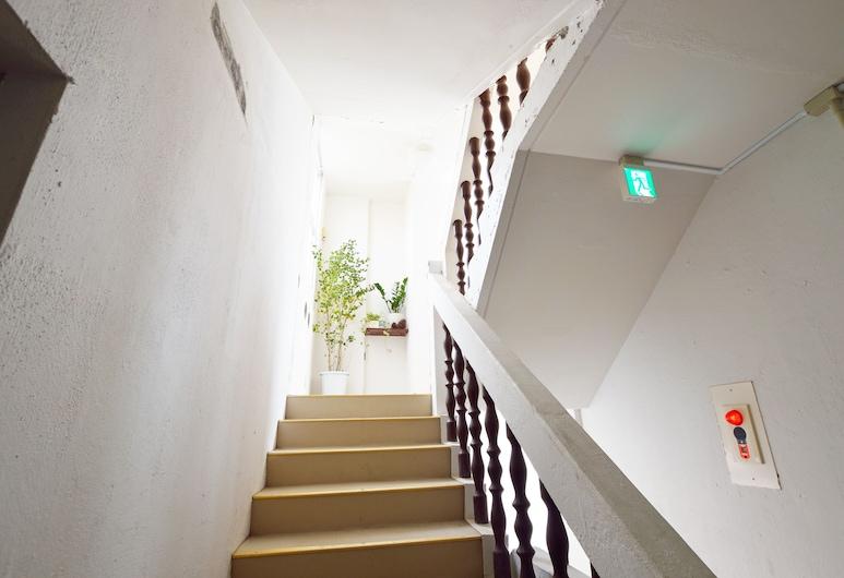 甜蜜酒店, 宜野灣, 樓梯