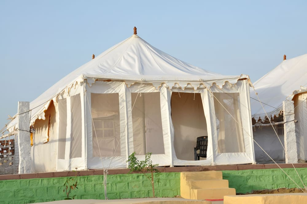 Deluxe Tent, Multiple Beds, Non Smoking - Guest Room