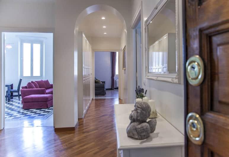 4BR Home in a Vibrant Neighborhood, Rom, Familielejlighed - 4 soveværelser, Opholdsområde