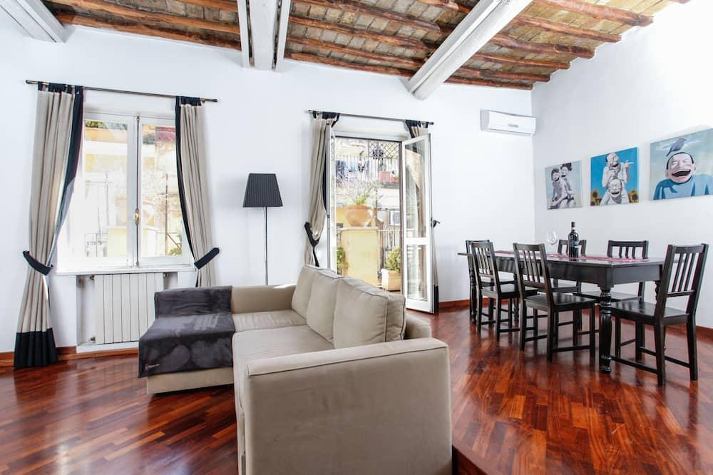 Apartamentai, terasa - Svetainės zona