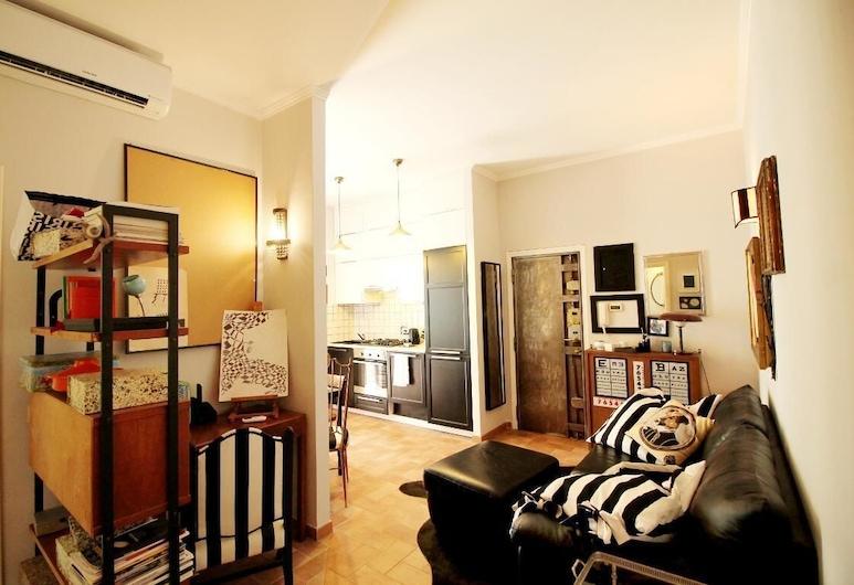Wonder Funky & Connected, Rom, Apartment, 1 Bedroom, Ruang Tamu