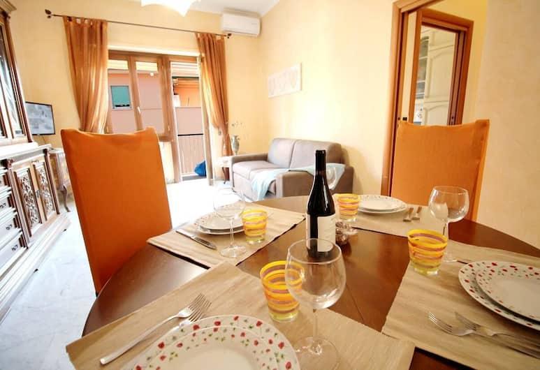 Monteverde Ozanam apartment with Garage, Rom, Lejlighed - 1 soveværelse, Spisning på værelset