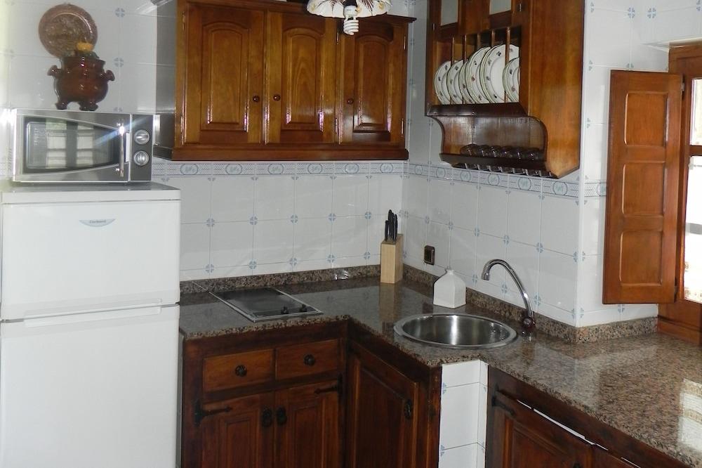 Dapur dalam Bilik