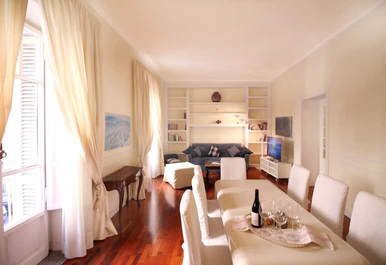聖彼得附近尊爵家庭公寓酒店, 羅馬, 公寓, 3 間臥室, 客廳