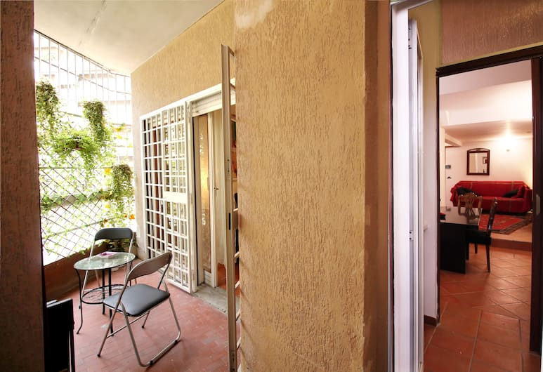 Charming Garden Retreat near Vatican, Roma, Apartemen, 1 kamar tidur, Teras/Patio