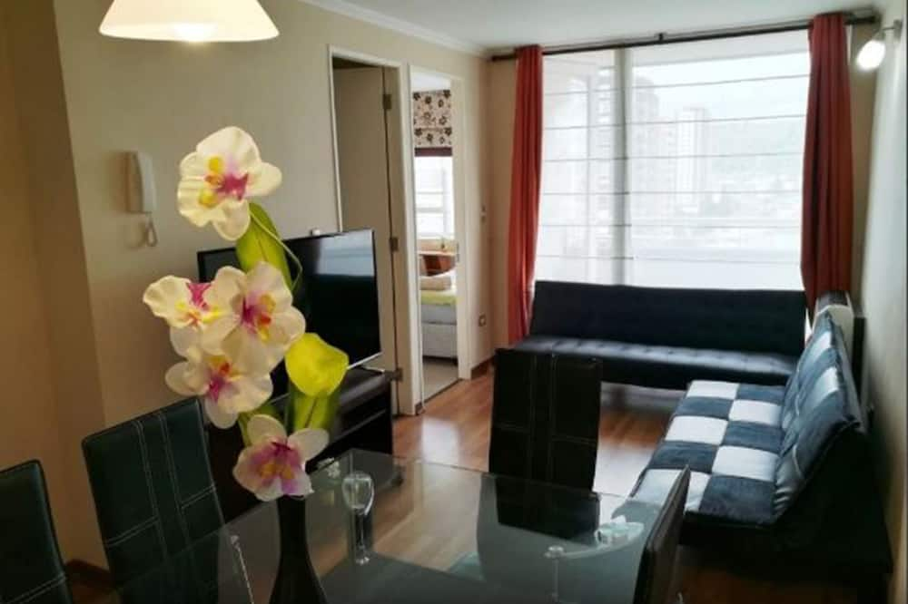 Family Apartment, 2 Bedrooms, Non Smoking, Private Bathroom - Living Area