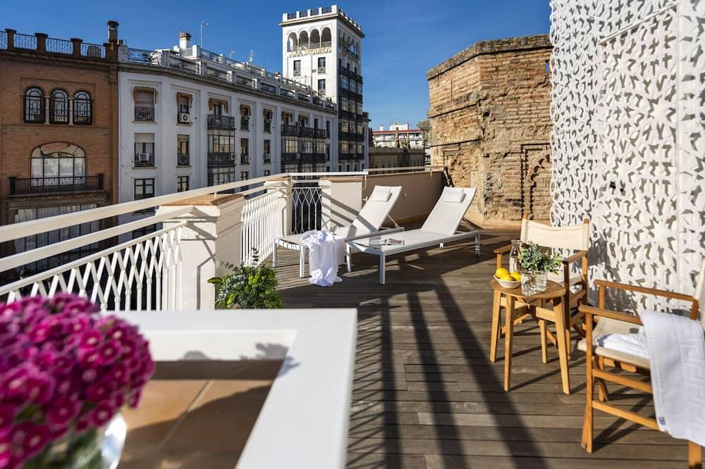 Torre Homenaje Historical Suites, Seville