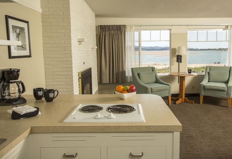 Looking Glass Inn, Lincoln City, Classic Suite, 1 Katil Ratu (Queen) dengan Katil Sofa, Non Smoking, Bilik Tamu