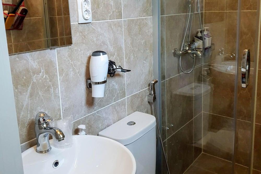 Habitación superior con 2 camas individuales (3) - Cuarto de baño