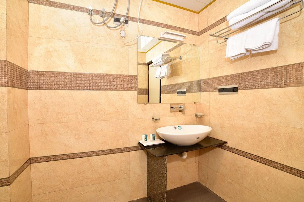 Eenvoudige kamer - Badkamer