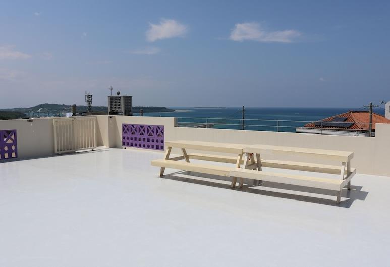 卡拉海嗨伊本部飯店, 本部, 露台