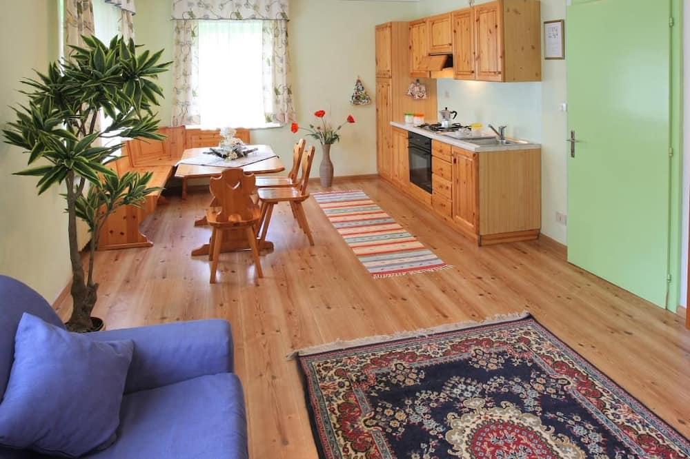 Apartment (1) - Essbereich im Zimmer
