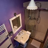 Dvoulůžkový pokoj, dvojlůžko (180 cm), nekuřácký - Umyvadlo vkoupelně