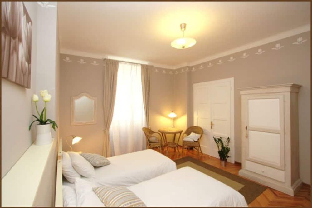 ダブルまたはツインルーム 禁煙 共用バスルーム (Tulipano) - 部屋
