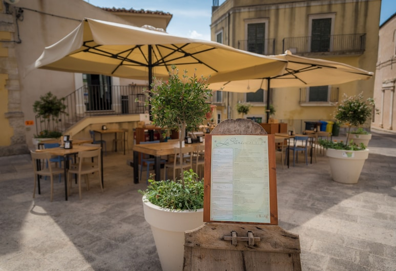 Hotel Dei Chiaramonte Affittacamere, Ragusa, Dinerruimte buiten