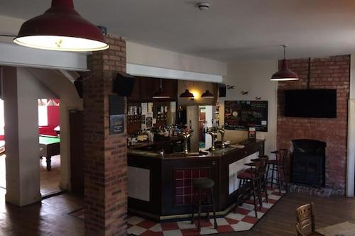 酒館飯店/