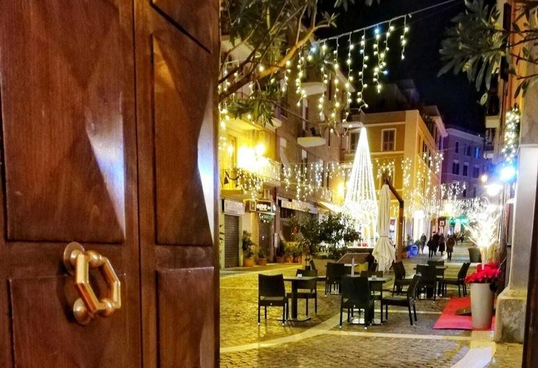 Il BorGhetto Guest house, Civitavecchia, Hotel Entrance
