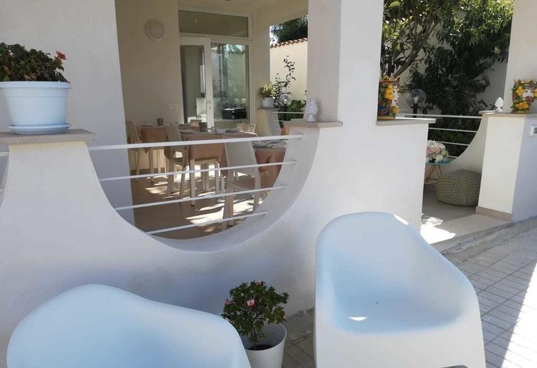 Villa Sece - Luxury Rooms, אגריג'נטו, מרפסת/פטיו