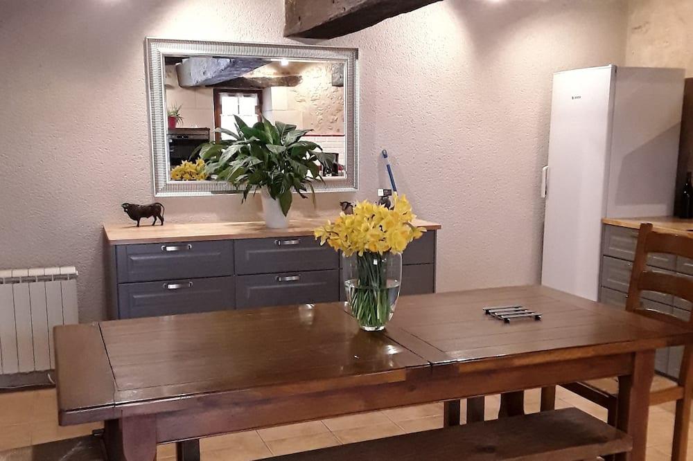Domek, vířivka - Obývací prostor
