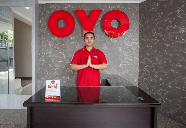 OYO 134 LG Residence, Surabaya, Resepsionis